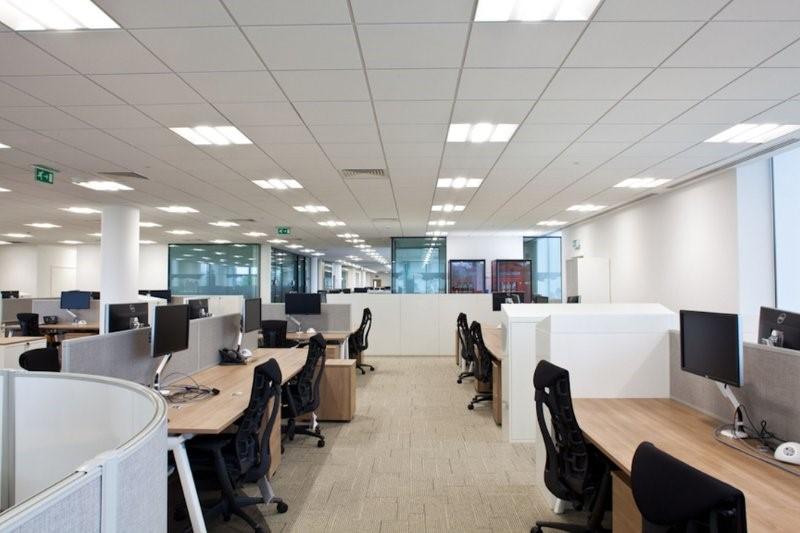 Iluminaci n en oficinas y espacios de trabajo blog el for Iluminacion de oficinas