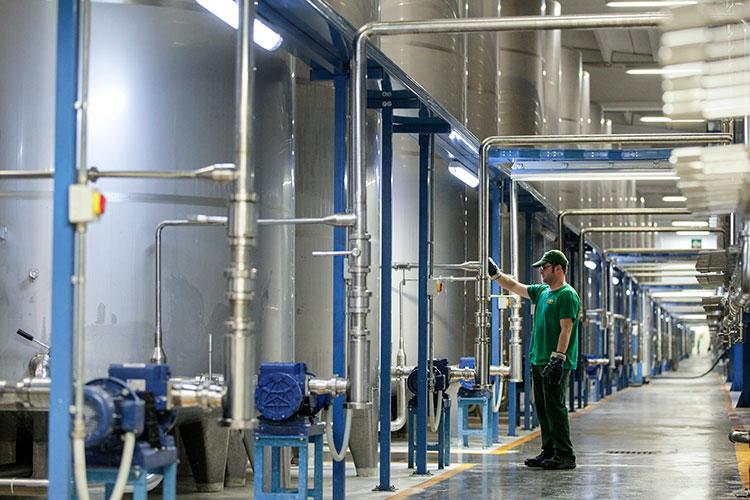 La limpieza y desinfecci n en la industria de bebidas los for Manual de limpieza y desinfeccion en industria alimentaria
